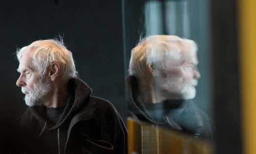Why hasn't evolution dealt with the inefficiency of ageing?   Aeon