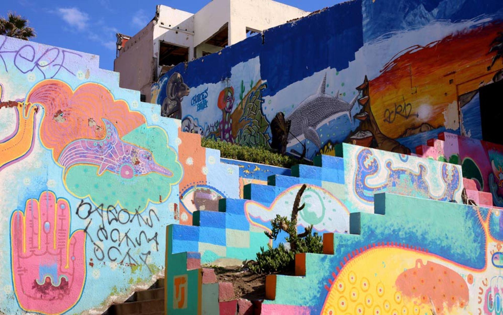 Header boardwalk murals