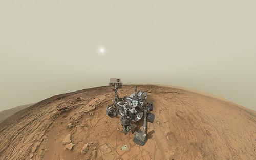 Card sized curiosity sol 177bodrov600