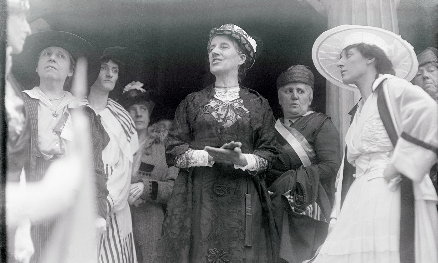 <p>Charlotte Perkins Gilman addressing members of the Federation of Women's Clubs in 1916. <em>Photo by Getty </em></p>