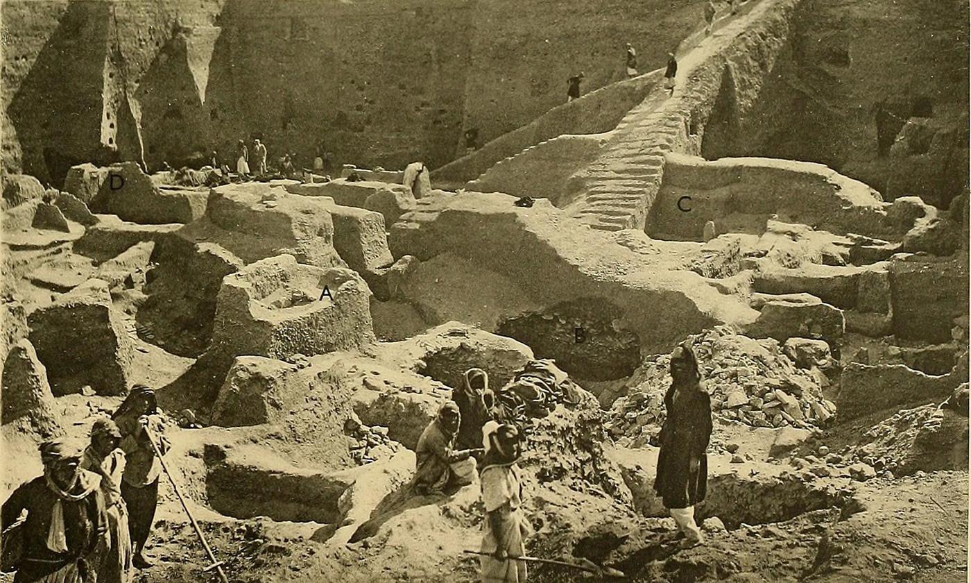 Leonard Woolley's excavation of Ur, 1900. <em>Courtesy Boston Public Library/Wikipedia </em>
