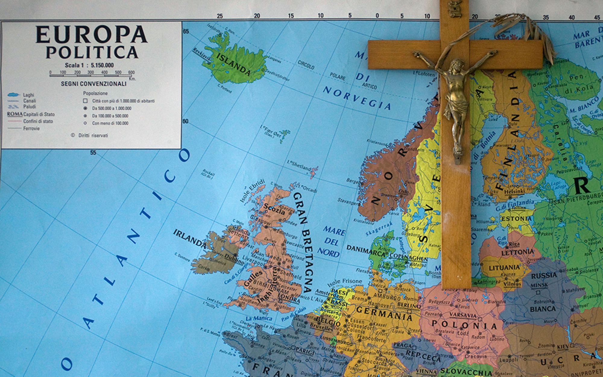 Header essay rome map rtxqawg