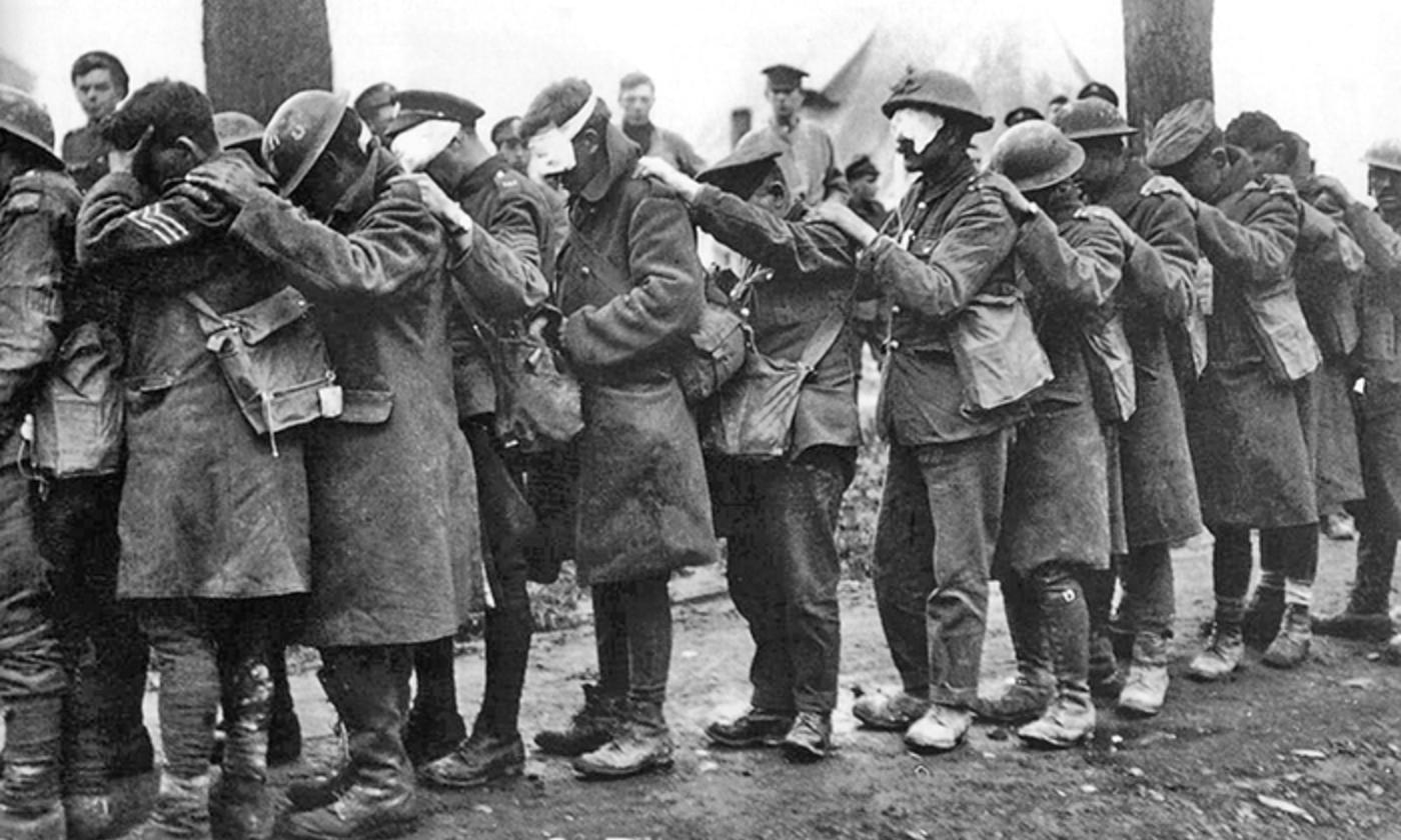 British Army gas casualties, April 1918. <em>Wikipedia</em>
